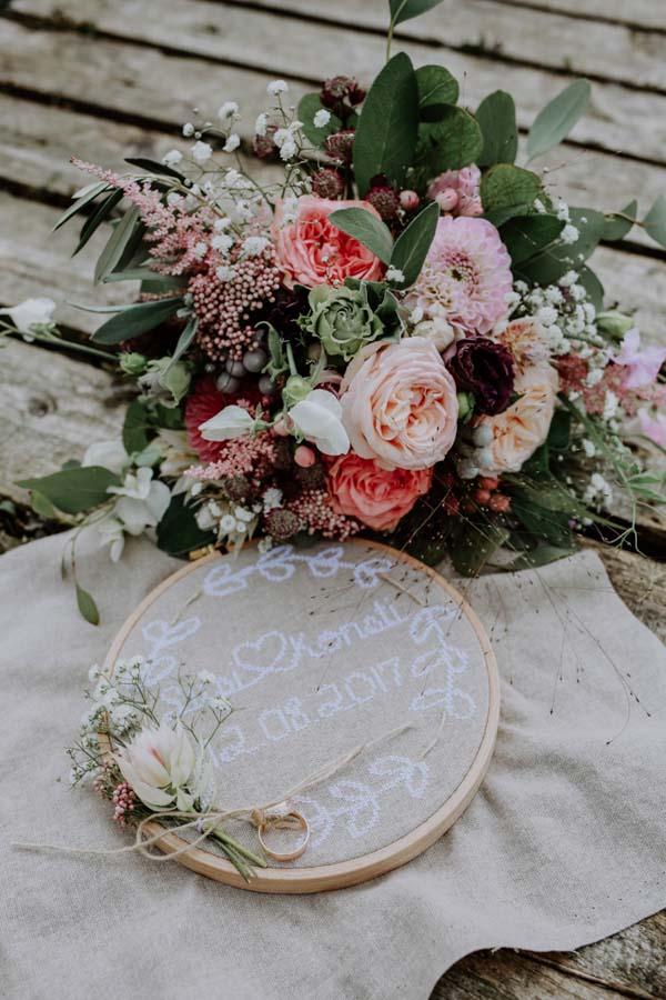 Brautstrauss mit Ringe