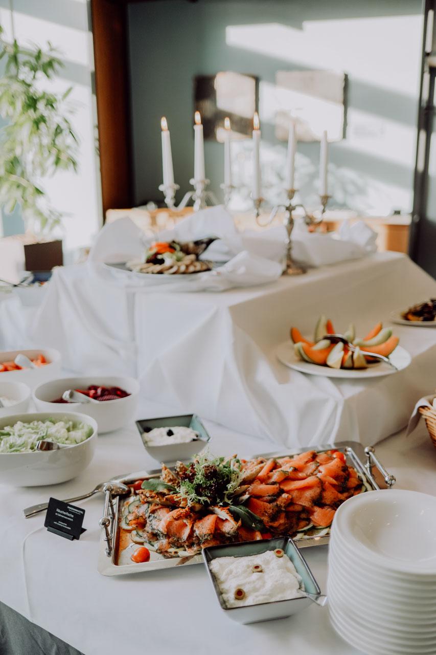 Abendessen auf Tisch